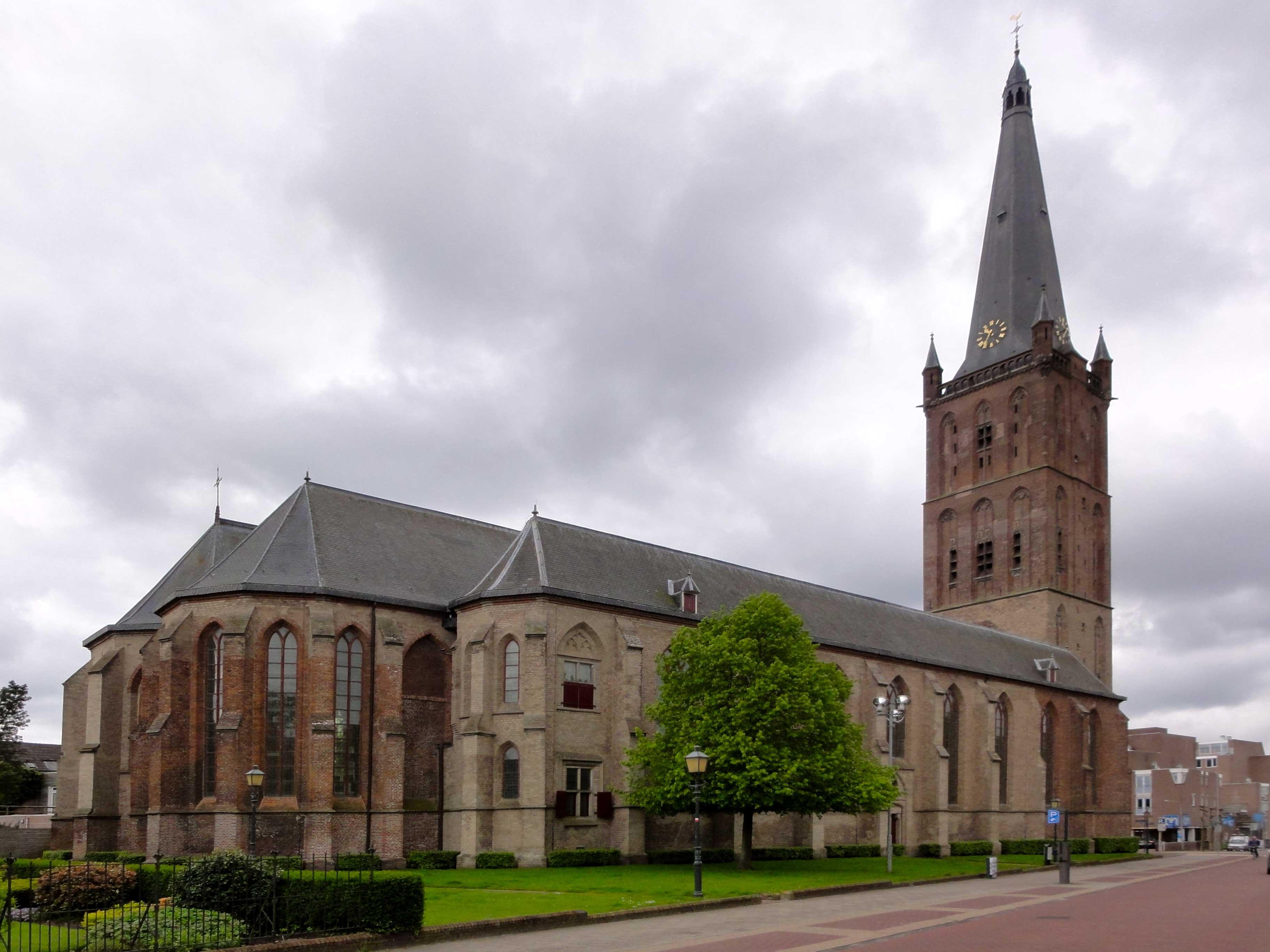 Clemenskerk_Kerkstraat_22_Steenwijk