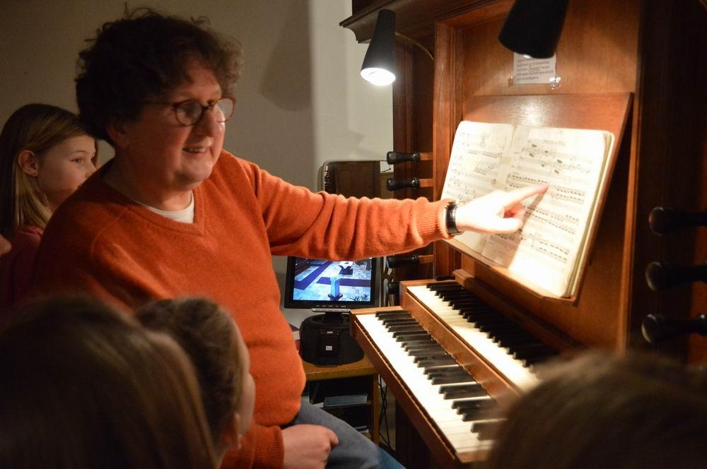 Konfir und Orgel-37